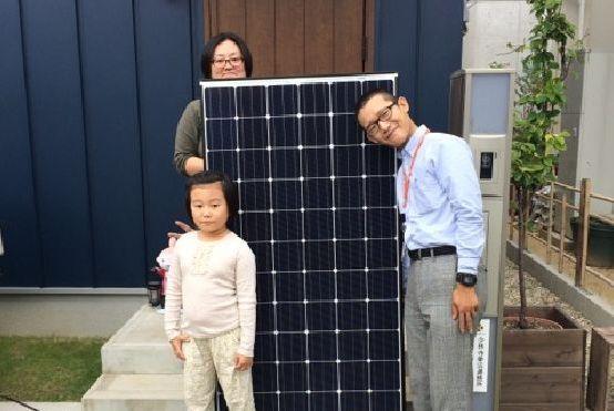神戸市西区N様邸宅に太陽光の取り付け工事を行いました。